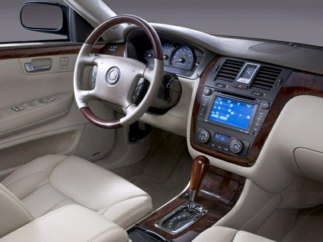 2008 cadillac dts w 1sc in hallock mn grand forks nd cadillac rh candmford com 2008 Cadillac DTS Biarritz 2008 Cadillac DTS Reliability