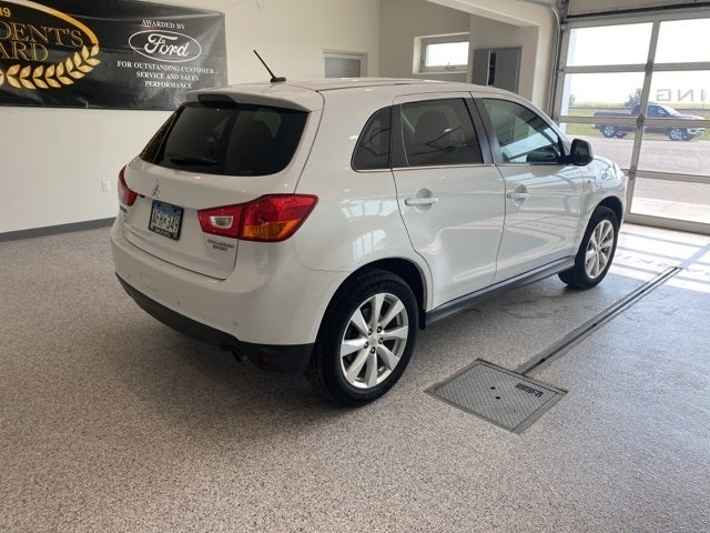 Used 2015 Mitsubishi Outlander Sport SE with VIN 4A4AR4AU9FE005012 for sale in Hallock, Minnesota