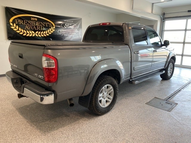 Used 2005 Toyota Tundra SR5 with VIN 5TBDT441X5S498756 for sale in Hallock, Minnesota